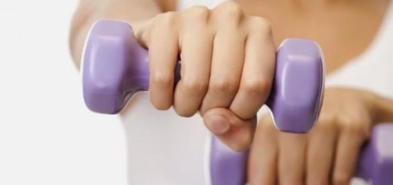 El cuidado de los senos en la mujer, más firmeza y salud