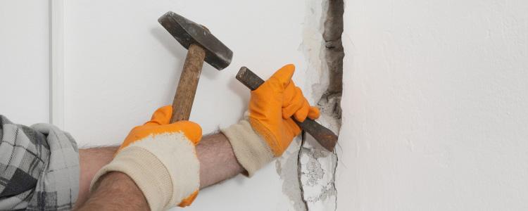 Glazuur Tegel Repareren : Een kapotte tegel vervangen of repareren tips van de vakman klium
