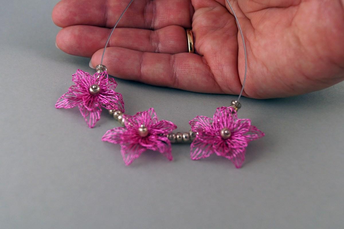 klöppelschmuck rosa