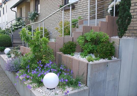 vorgarten pflegeleichte bepflanzung beste garten ideen vorgarten, Gartenarbeit ideen