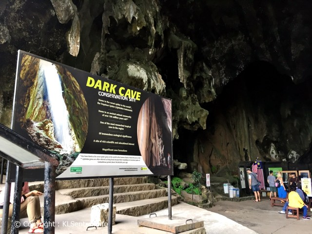Batu-Caves-Tour-next-to-Dark-Caves