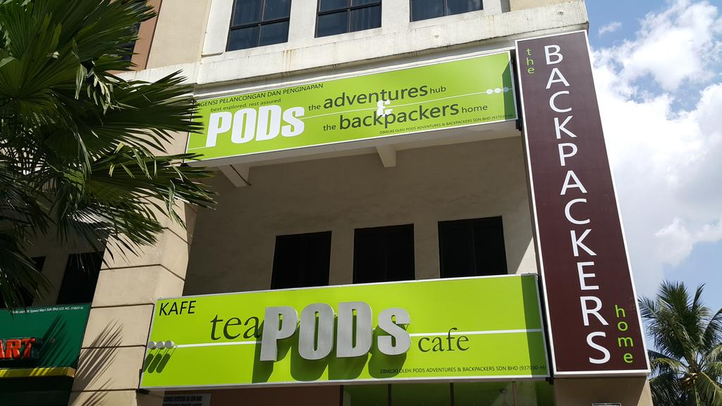 PODs-the-backpackers-home-cafe-kuala-lumpur