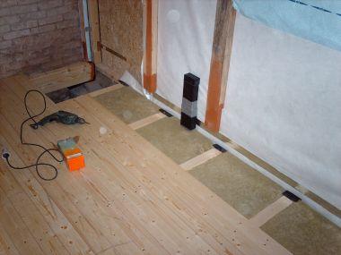 Nieuwe houten vloer in keuken Paar vragen over kruipruimte