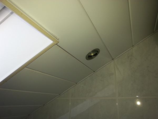 Isoleren badkamer plafond
