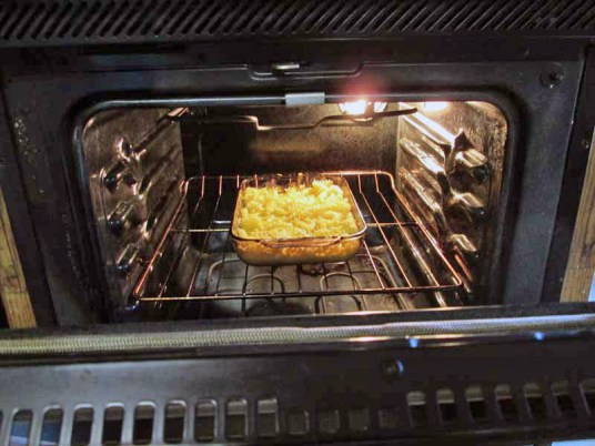 Lunch Macaroni and CHeese in the Oven
