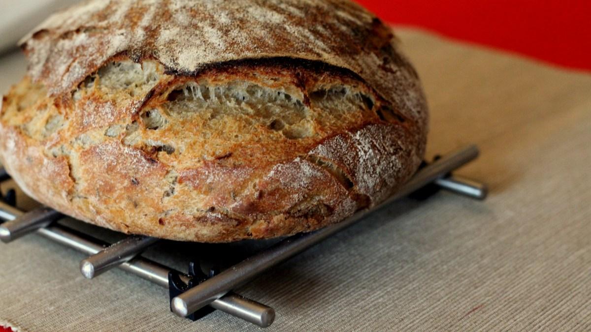 Zdravý domácí chlebík se spoustou vlákniny