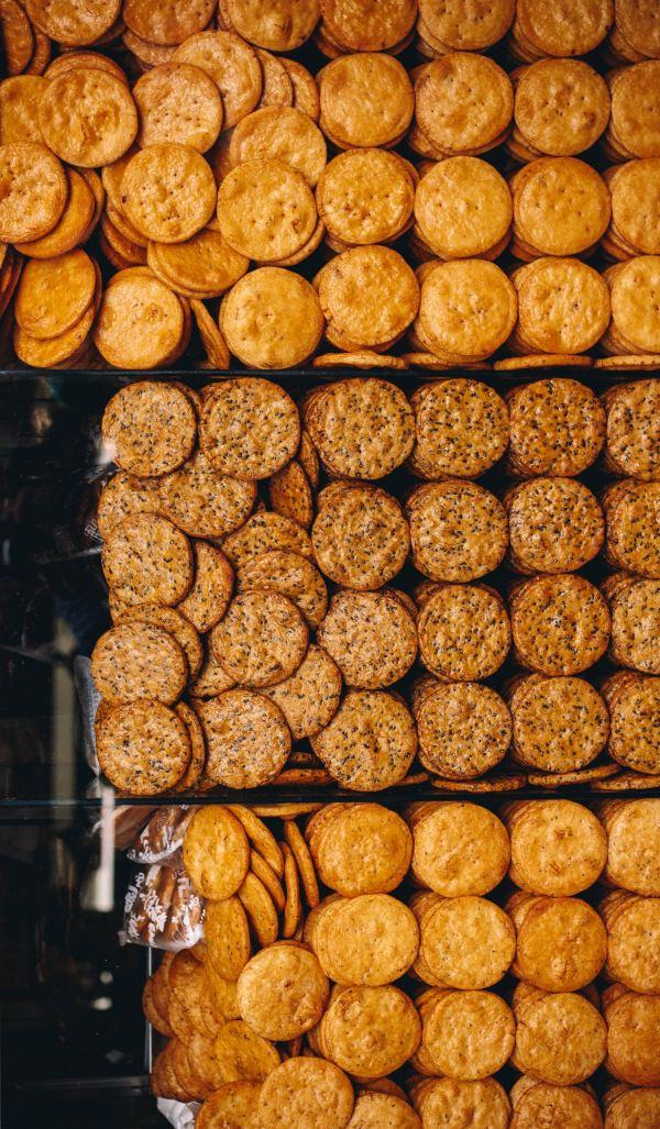 Nízkosacharidové sýrové domácí krekry se spoustou vlákniny