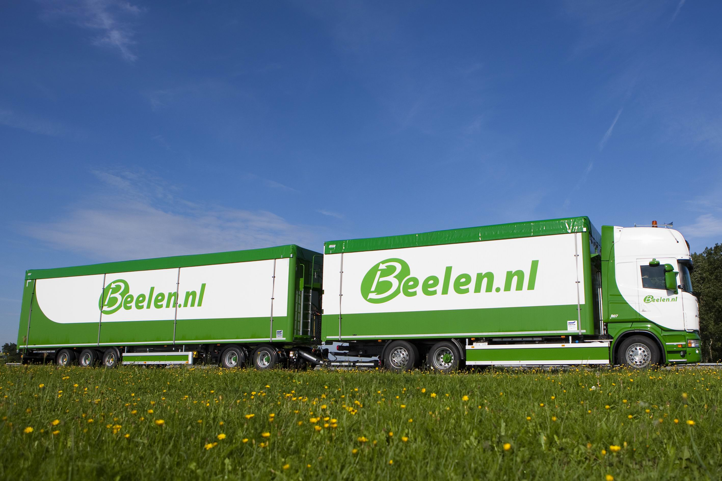 Knapen Trailers supplies The Netherlands first mo