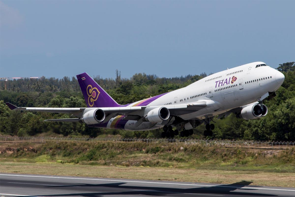 boeing 747 specs weight