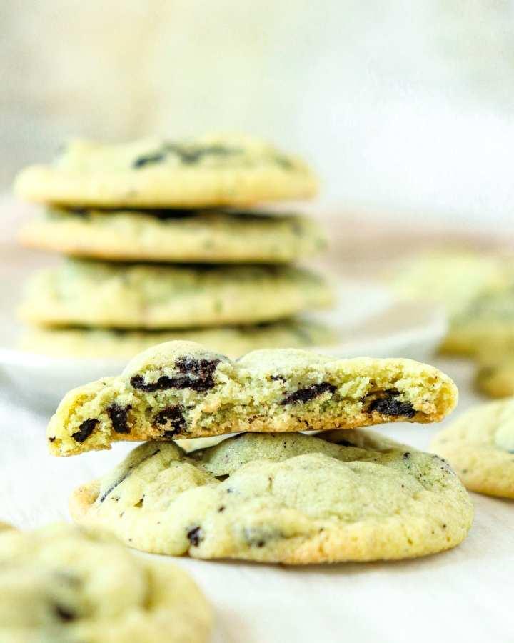 stack of Oreo Pistachio Cookies