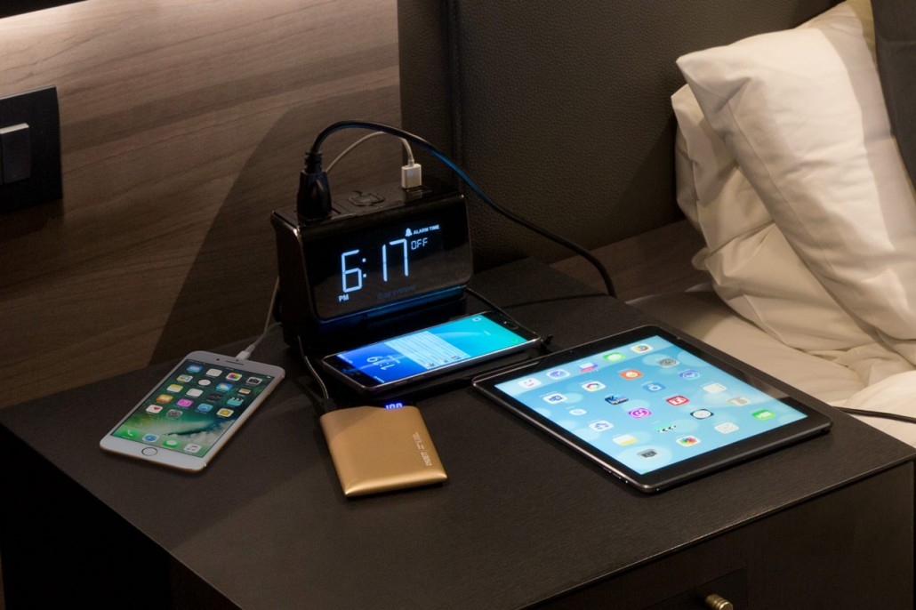Kube Hotel Room Alarm Clock All In One Charging Station
