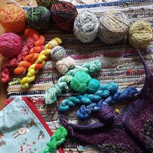 colored yarn scraps Lise Condis