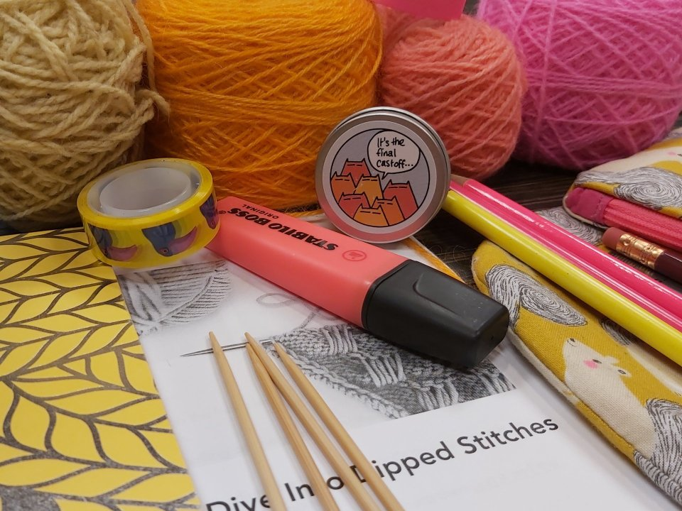 Pink and orange notions in Jeanette Sloan's dipped stitches class