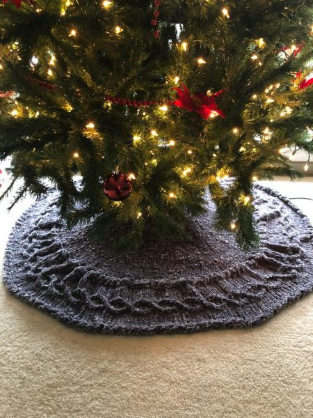 Vintage Velvet Christmas Tree Skirt Knitting Pattern - Vintage Velvet Tree Skirt Knitting In The Park
