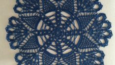 Lace napkins blue