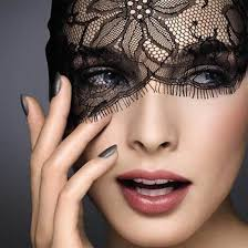 how-is-make-of-lace-mask-2