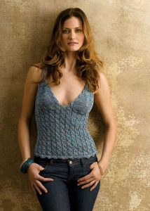 crochet-shoulder-shirt-models-2
