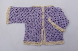 crocheted-baby-sweaters-models-5