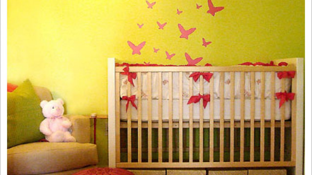 How should decorate the baby room?