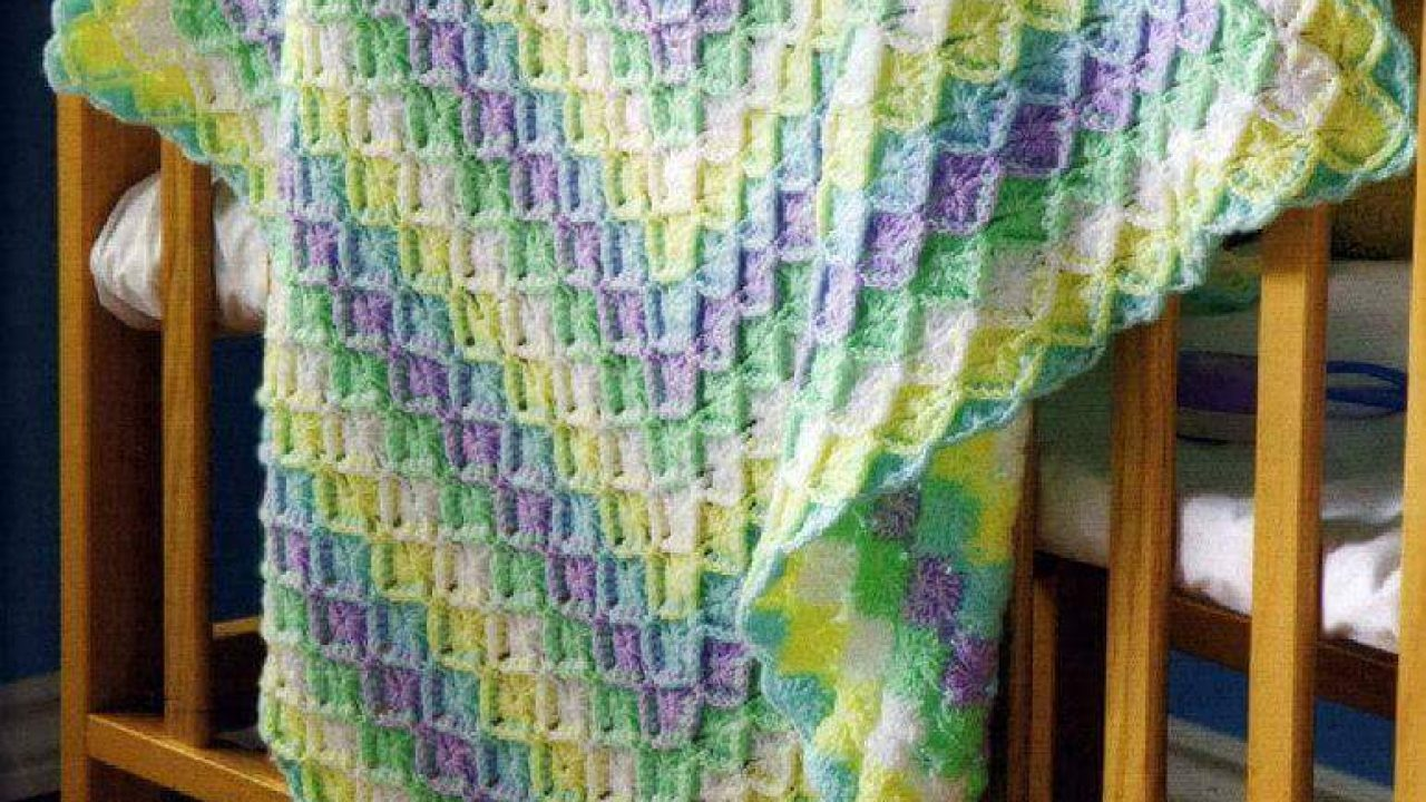 Lovely Knitting Baby Blanket Patterns-2