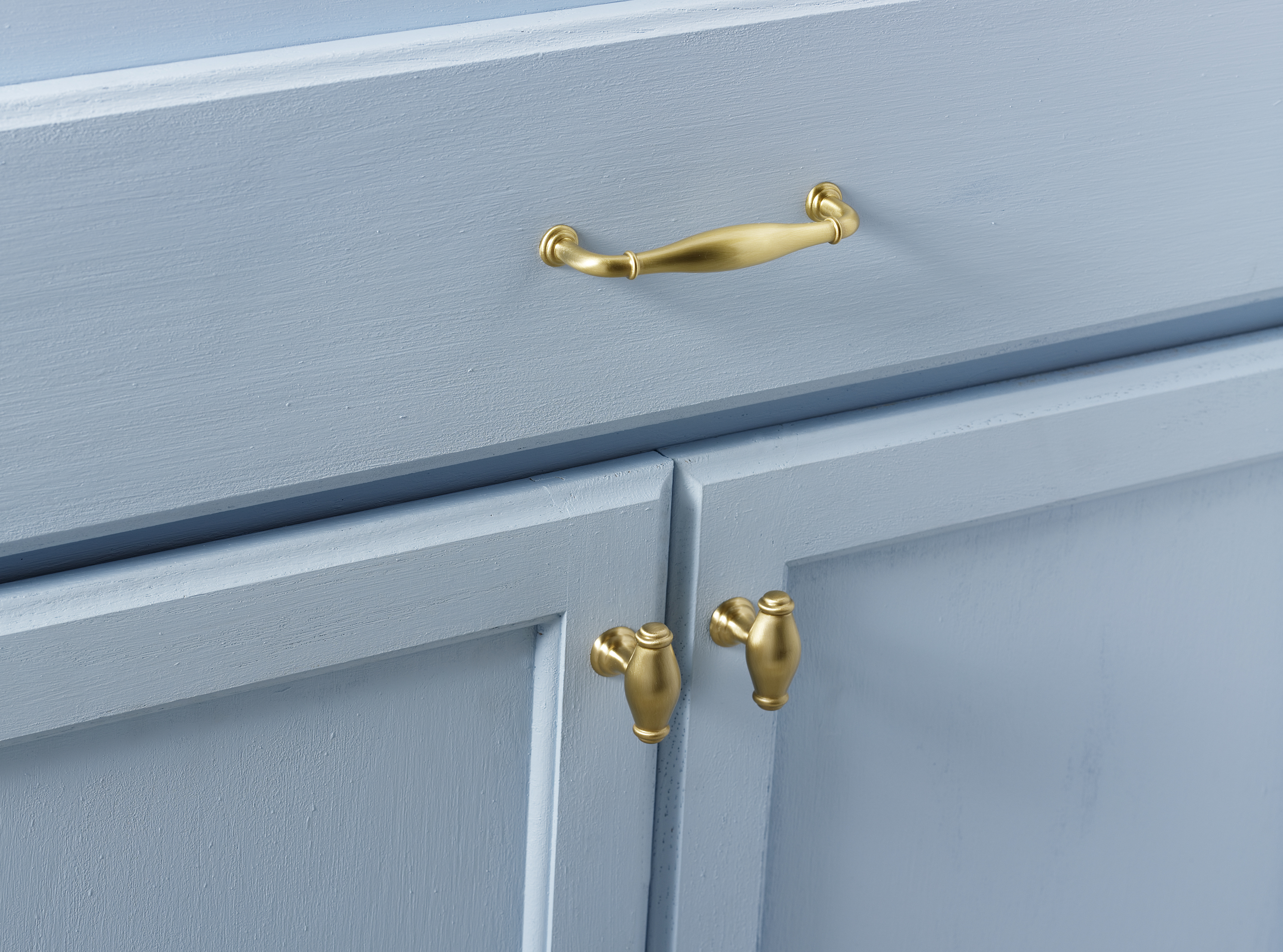 Alno Creations Cabinet Hardware