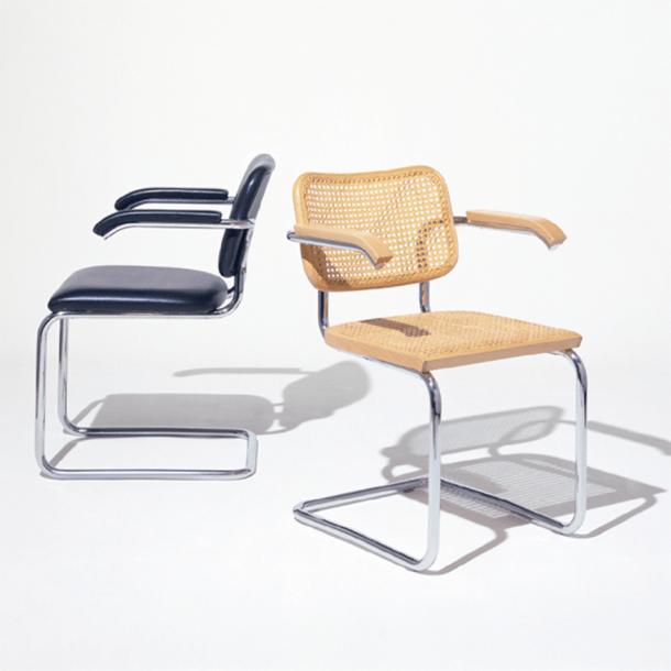 marcel breuer cesca chair with armrests bear bean bag arms knoll