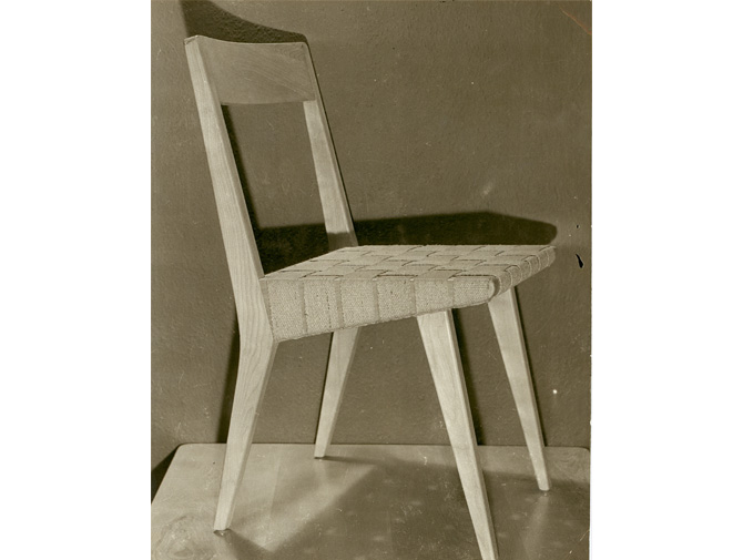 Risom Childs Side Chair  Knoll