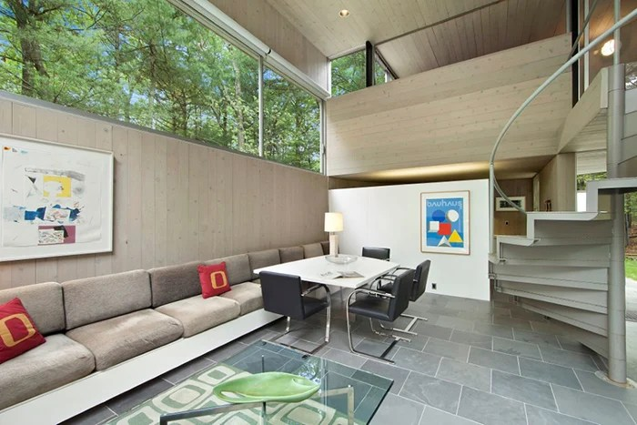 barcelona chair leather soccer mom covered chairs sedacca house | knoll inspiration