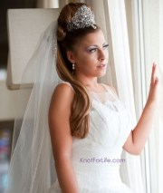 long wedding hairstyles with veils