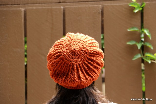 Winter / Fall Seasoned Crochet Orange Phannie / Beret Free Pattern for an adult woman - kNot mY deSigns