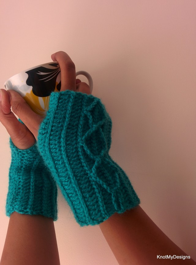 Crochet Diamond Cable Fingerless Gloves Free Pattern for adult womnn - Knot My Designs