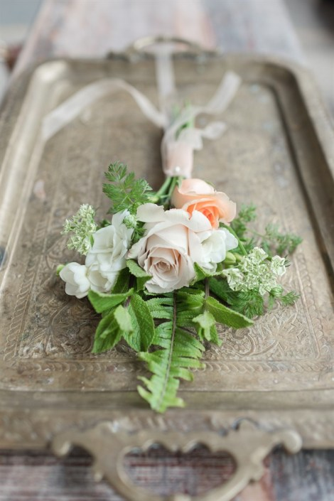 Bridesmaid bouquet with peach roses & mint