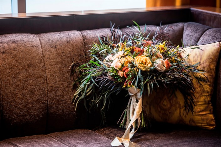 metal and gold wedding inspiration bridal bouquet