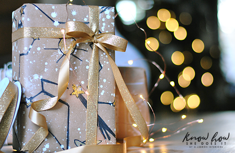 Personalized Gift Wrapping Constellation 2