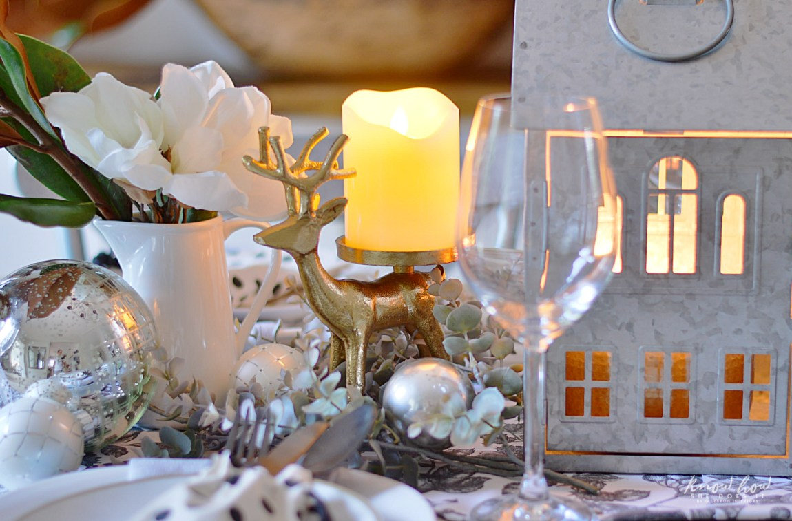 A Merry Table Setting for Everyone Centerpiece