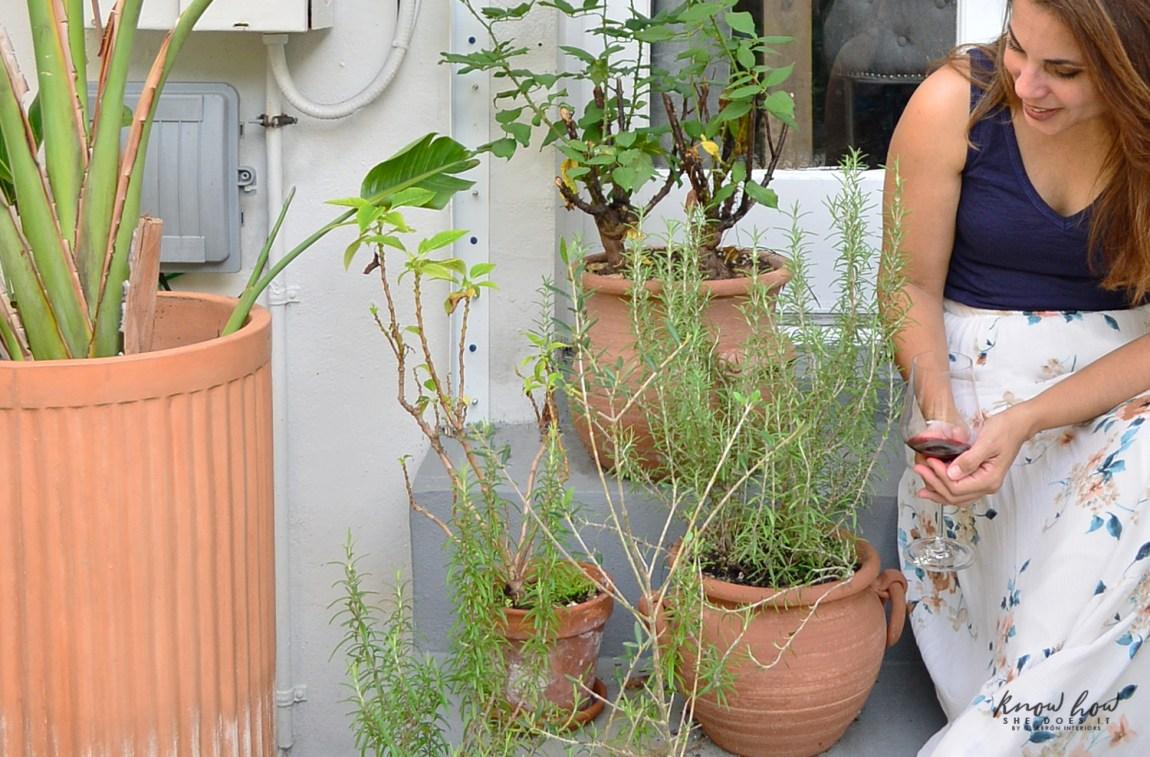 Natural instinct in design terra-cotta planters 1