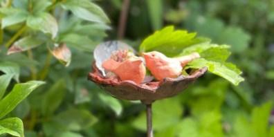 Learn to make pinch pot lovebirds