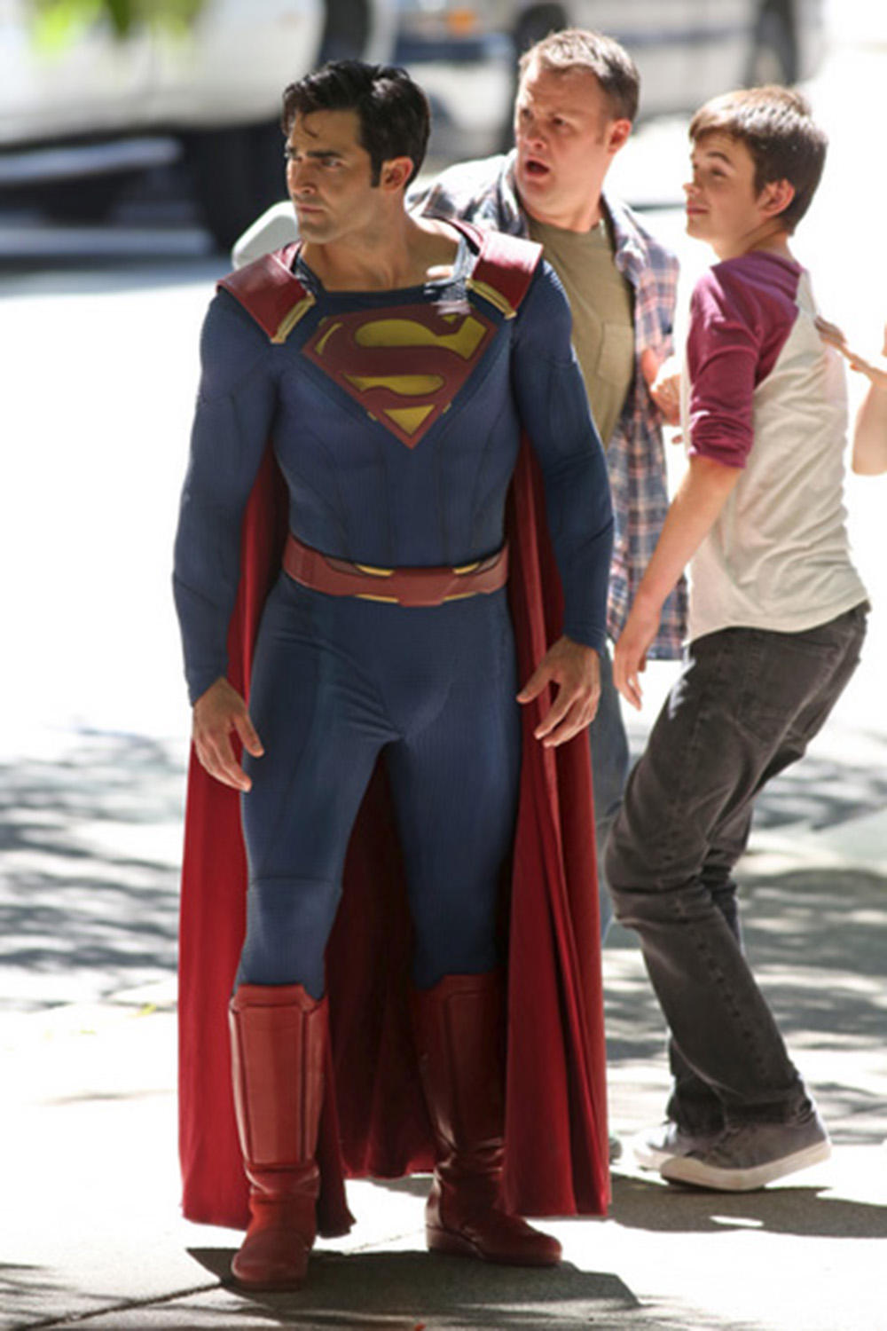 Pics and Video of Tyler Hoechlins Superman on Supergirl