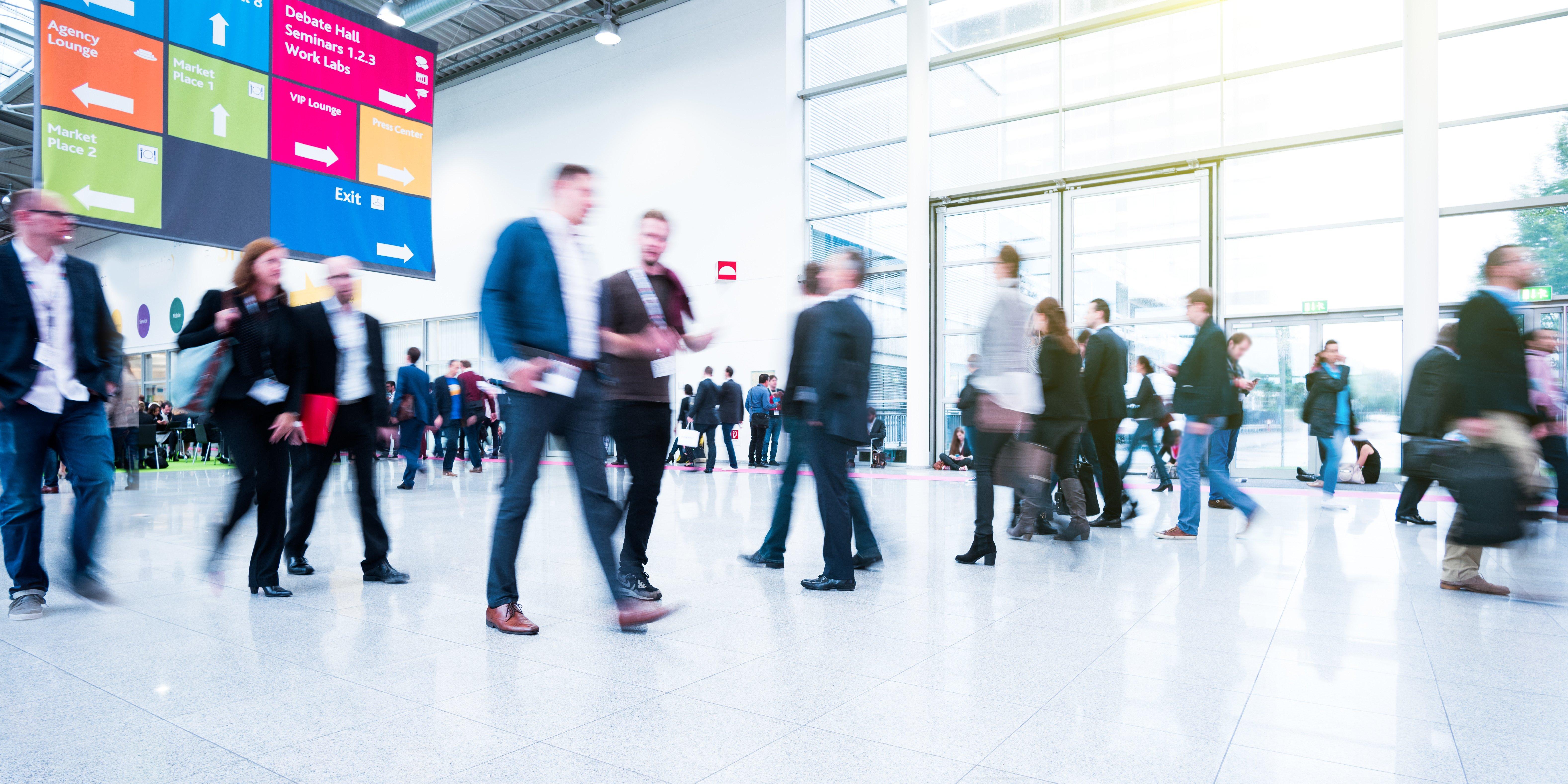 B2B Trade Shows: Sales-Marketing Alignment on Display
