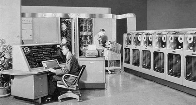 कंप्यूटर की दूसरी पीढ़ी (second generation of computer in hindi)