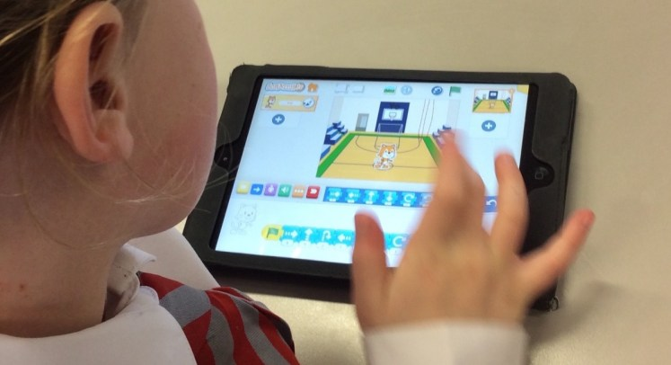 Visual coding with Scratch Jr