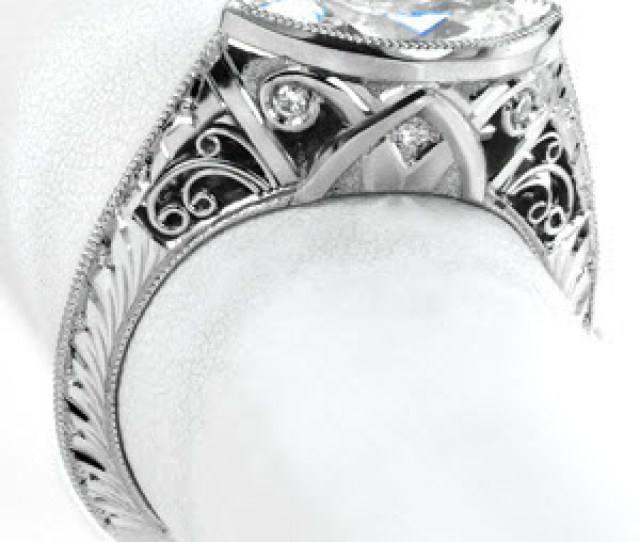 Stunning Vintage Engagement Ring Style In Cincinnati Ohio This Art Deco Inspired Piece Features