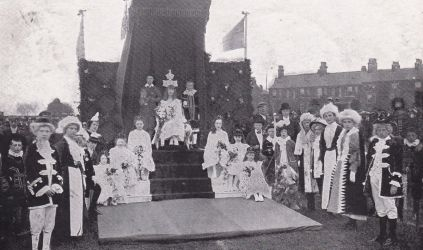 Knutsford Royal May Queen 1905