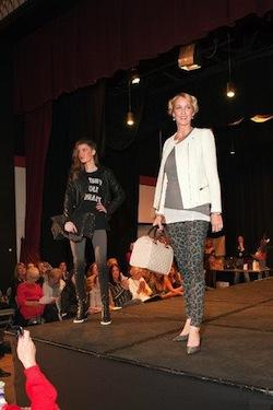 a cr Knuts Fashion 228a