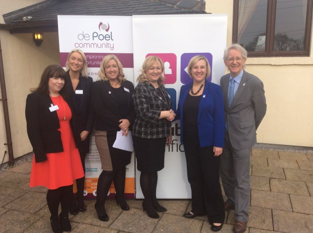 L to R - Laura Collins, Kristina Boyle, Sarah Sanders and Janice Henson from de Poel Community stand with Lisa Smart, prospective MP for Hazel Grove and Rt Hon Sir Andrew Stunell MP