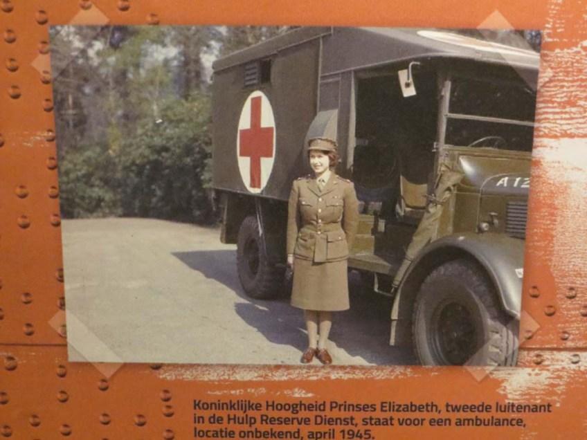 Rosie the riveter, vrouwen in allerlei beroepen in de tweede wereldoorlog