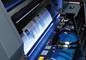 オフセットの印刷と同時に印字を行いますので短納期での生産が可能。