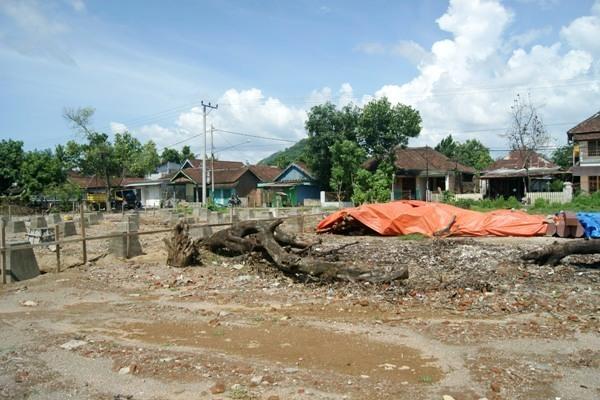 Tambahan Waktu Kontrak Proyek Rumah Adat Bakal Sia-sia