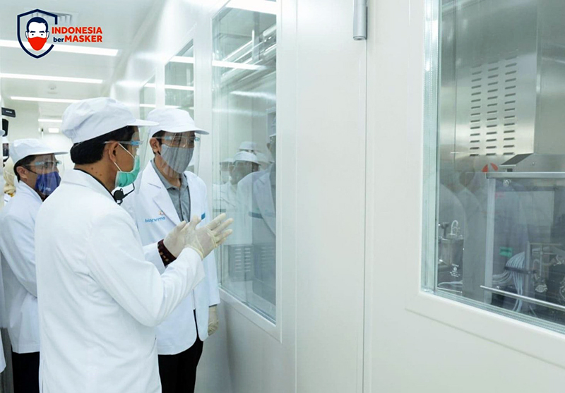 Presiden Jokowi Pastikan Vaksin Covid-19 Halal dan Aman Sebelum Disuntik Massal