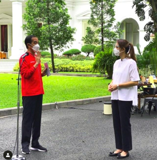 Jokowi Vaksin 9